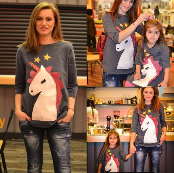 Parent-child Unicorn Printed Shirt 4 Colors 8 Sizes Cute Cartoon Stars Mother Daughter Long Sleeve Outdoor Gym Clothing OOA5539