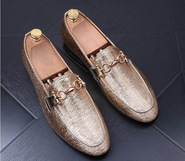 New luxury Design pointed Shiny metal buckle Flats Shoes 2018 Male Wedding Prom Quinceanera Business Oxford shoes zapatos de novio