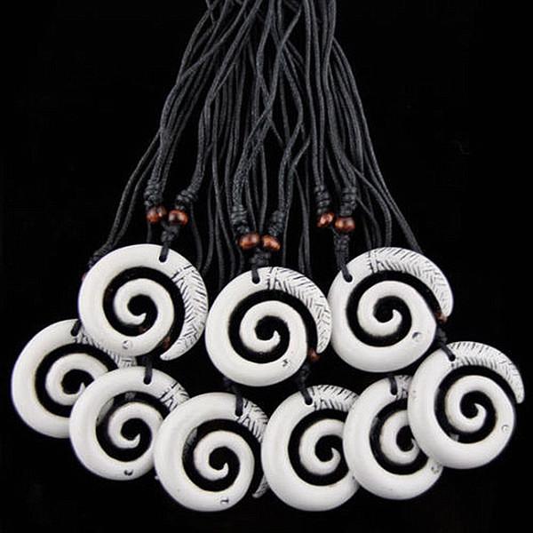 Fashion Wholesale 12PCS/LOT Imitation Yak Bone Carved Hawaiian Surfing White Spiral Maori Fishhook Pendants Necklaces Amulet Gift MN247