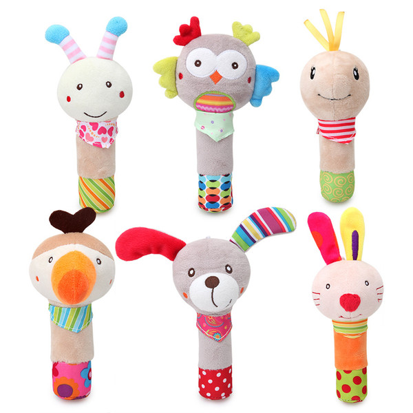 15-18cm baby toys hand wand Plush toy cartoon animal dog owl rabbit bee hand rocker toy baby handbell wholesale