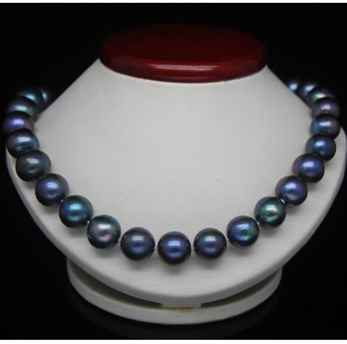18'' 10-11MM TAHITIAN BLACK BLUE PEARL NECKLACE 14K Y. G clasp