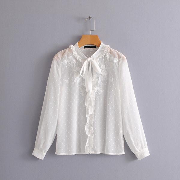 643ae959a3 2018 mulheres elegante bordado branco camisa de chiffon plissado ruffles  decoração chique blusa primavera arco femininas