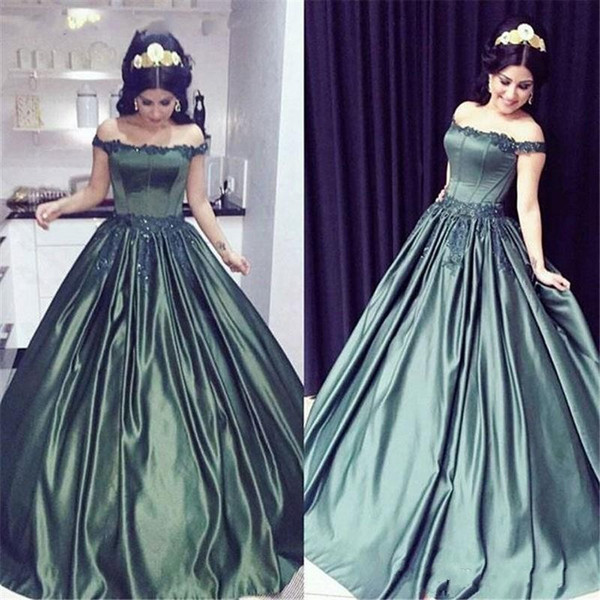 2018 Vintage Quinceanera Ball Gown Dresses Off Shoulder Hunter Green Lace Applique Beads Sweet 16 Vestido Long Satin Party Prom Evening Gown