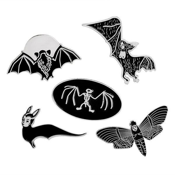 Black Skeleton Bat Bee Enamel Brooches Pins Punk Style Broches Wholesale Fashion Jewelry For Women Men Shirt Jacket Lapel Pin European Style