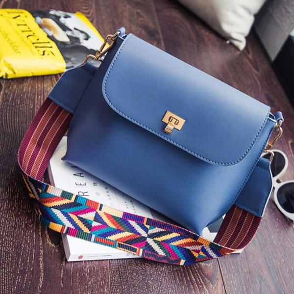 2018 versión coreana de la cerradura pequeña bolsa cuadrada diseñador de color correa para el hombro bolso de alta calidad bolsos de moda envío gratis