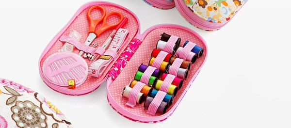 Free shipment JI-149 Portable mini travel sewing kits box with color needle threads pin scissor sewing set with case box home tools DIY hand