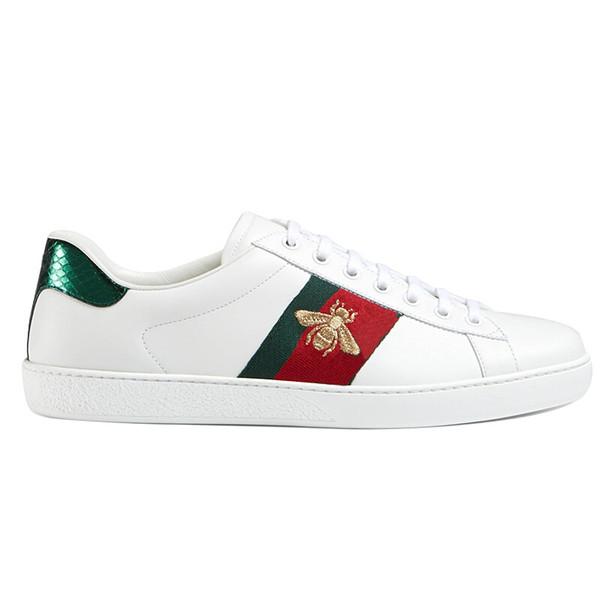 رخيصة الأخضر الأحمر شريط سيدة الراحة عارضة اللباس حذاء النساء الرجال العلامة التجارية المسامير الشقق الأحذية النسيج جلد أسود النحل العصرية عارضة الأحذية