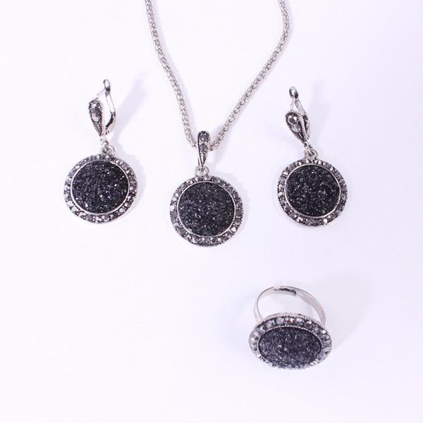 M MISM Vintage Crystal Earrings Set Long Chain Pendant Necklace Women Black Ring Set Boho Jewelry Sets Shining Groot Oorbellen