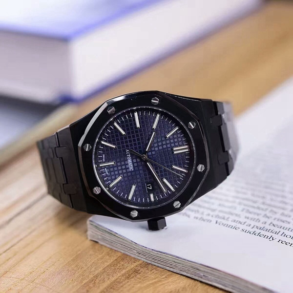 fashion and elegant men's watch. 316 steel black cool case strap. With automatic mechanical movement. Mineral wear-resistant glass mirro
