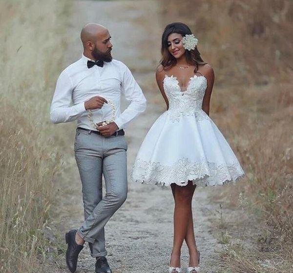 Discount Short 2018 Wedding Dress Knee Length Applique Informal Wedding Bridal Gowns Lace Vintage Brazil Bride Reception Dresses Styles Of Wedding