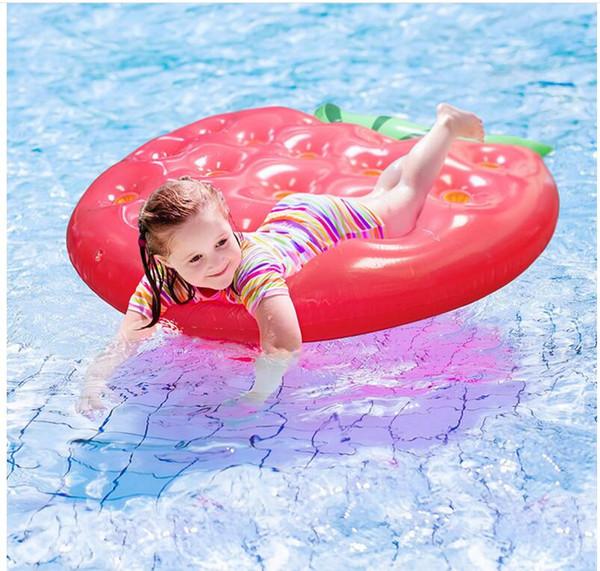 Flotadores de fresa que nadan las herramientas 145 * 140cm Flotador de la piscina inflable Juguetes para adultos Fresa que flota la natación para mujeres Swim Tool Accessary
