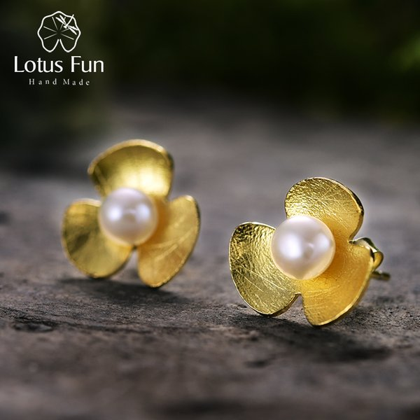 Lotus Fun Real 925 Sterling Silver Natural Pearl Handmade Fine Jewelry Fresh Clover Flower Stud Earrings for Women Brincos D1892004