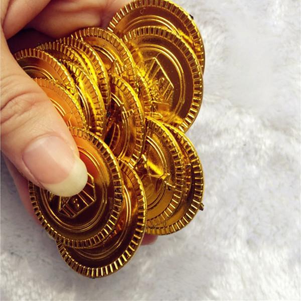 50 Stücke kunststoff gold und silber münzen piratenparty pretend brustkasten kinderspielzeug spiel währung gefälschte geld 8ZHH204