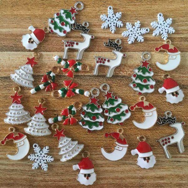 Charms natalizi Fiocco di neve Albero di Natale Cappello Alce Cervo Babbo Natale Charms in lega di DIY per il pendente collana bracciale portachiavi decorazioni