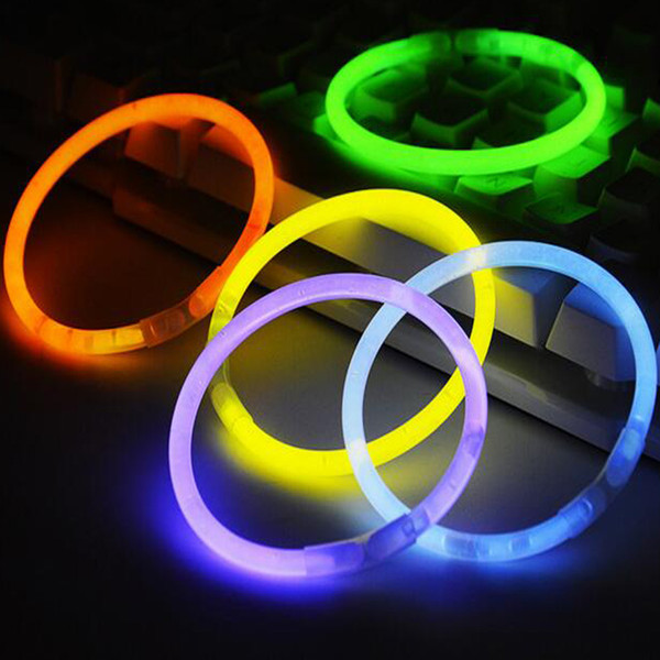 20CM Glow Stick Multi Color Bracelet 100 pcs per lot Glow Stick Bracelets Mixed Colors Party Favors Supplies Light up Toys