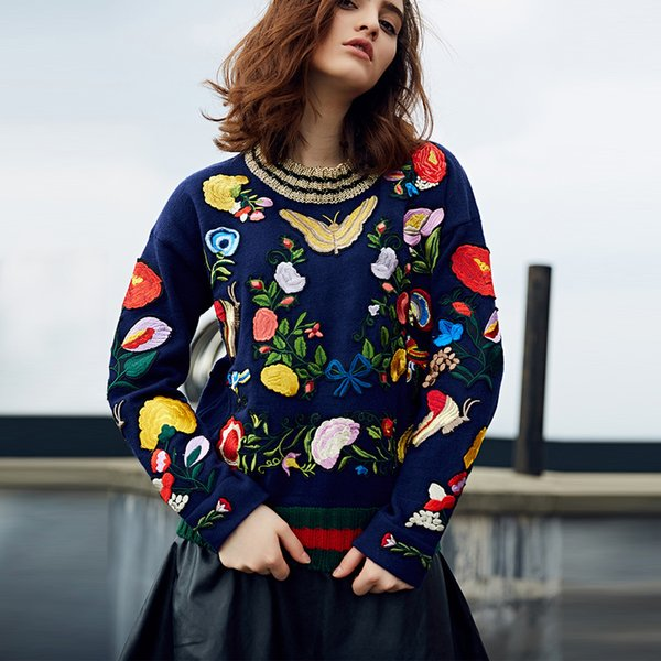 Boho knitted women sweater pullovers 2017 navy winter Butterfly floral embroidery appliques long sleeve loose brand sweaters
