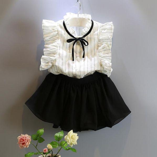 Mode chiffon Mädchen Kleidung Anzüge falbala weiß Tops + streifen shorts 2 stücke set Kinder Outfits Mädchen sets Beste Anzüge Kinderkleidung