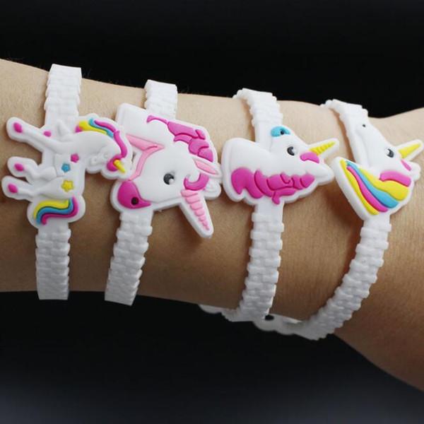 Misturar 20 estilos crianças unicórnio dos desenhos animados pvc macio pulseira crianças rainbow horse silicone pulseira cosplay acessórios festa de natal presente