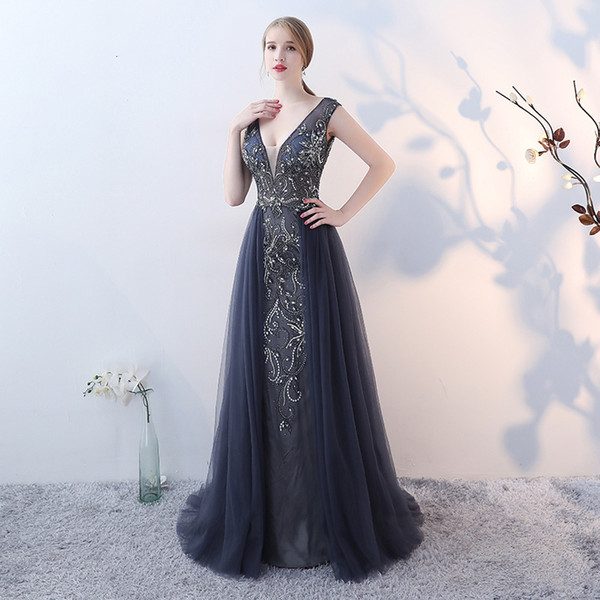 New Arrival 2018 V-neck Luxury Beading Pearls Dusty Grey Crystal Vintage Backless Cheap Long Formal Evening Prom Dress