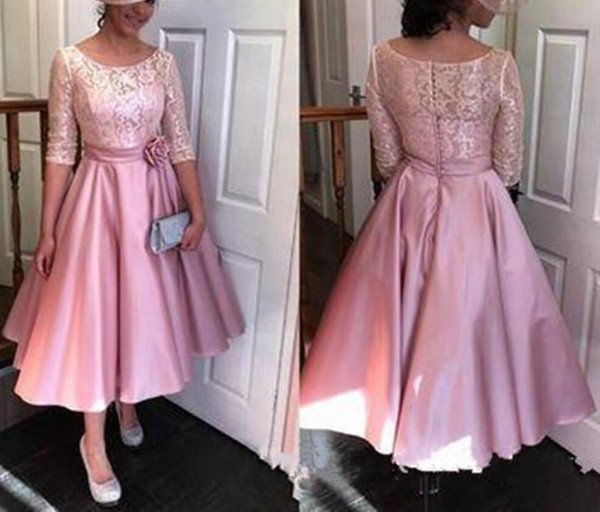 Hot Selling Half Sleeves Mother of the Bride Dresses with Appliques Wait with Handmade Flowers for Wedding Party In Stock Backc with Button