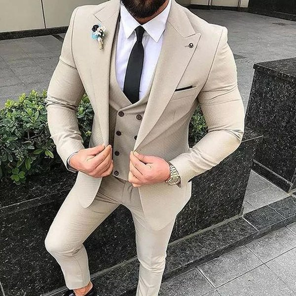 New Fashion Colour Khaki Men Slim Fit Suits Three Pieces (Jacket+Vest+Pant) Clothing Set One Button Casual Style Wedding Groom Tuxedos