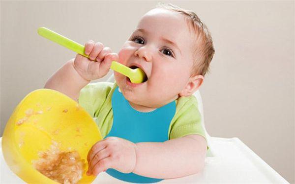 Attractive and health Baby Infants Kids Cute Silicone Baby Bibs Lunch Bibs Cute Waterproof baby bib bandana bibs baberos towel
