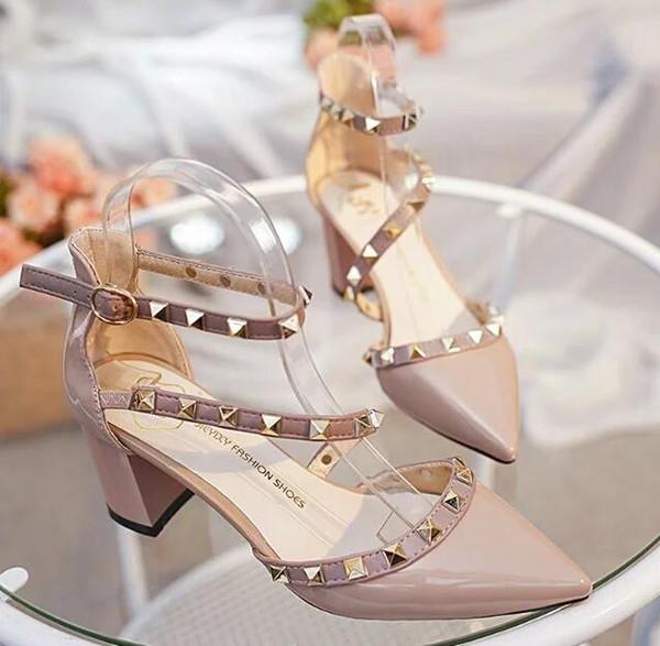 Heißer Verkauf 2018 Mode Frauen Schuhe Hochzeit Abend Pumps Kätzchen Ferse Sexy Nieten Brautschuhe Mit Hoher Qualität Auf Lager Kostenloser Versand