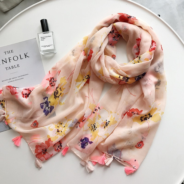 2018 New Watercolour Flower Pattern Tassel Scarf Shawls Women Floral Print Wrap Muffler Hijab Wholesale 10pcs/lot Free Shipping