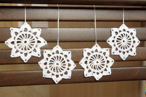Großhandel Schneeflocke Ornament Häkeln Hängende Ornamente Weiße ...