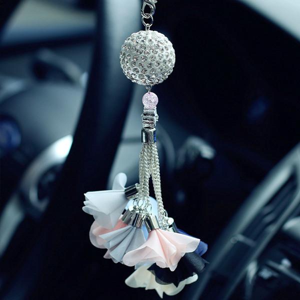Car Pendant Luxury Diamond Crystal Ball Automobile Rear View Mirror Charms Ornaments Trim Hanging Suspension Interior Decoration