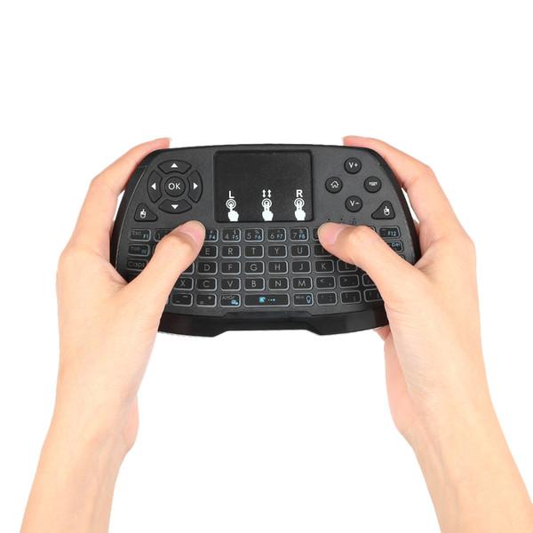Retroilluminazione ricaricabile 2.4GHz Wireless Gaming Keyboard Touchpad Mouse Telecomando portatile 4 colori per Android TV BOX Smart TV