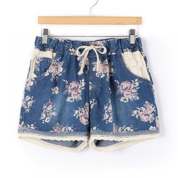Top Selling 2018 Spring New Arrival Denim Shorts Women Plus Size Slim Lace Edge Cowboy Shorts 6 Styles Available Free Shipping S916