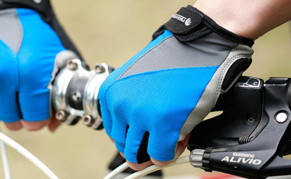 Breathable Bicycle Gloves Anti-Slip Bike Glove Summer Half Finger Gel Pad Cycling Gloves for Men,Women Accessories