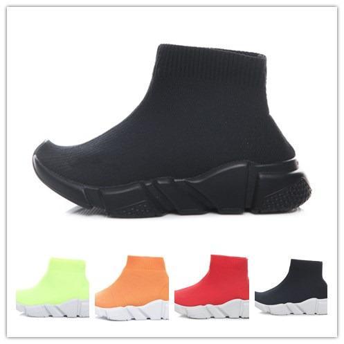 Mode Bébé Enfants Chaussettes Bottes Enfants Chaussures de sport Slip-On Casual Flats Vitesse Trainer Sneaker Garçon Fille Haut-Top Chaussures De Course Noir Blanc