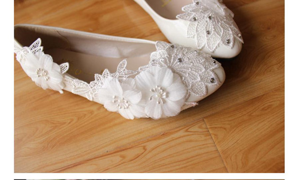 Free send Hot spring new style women's singles shoes lace water drill flowers brides wedding shoes flat bottom shoes heel 3cm ,5cm