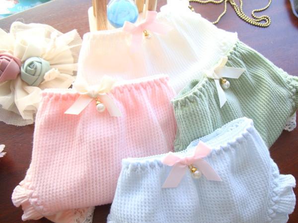 # S0051 Wholesale 5pcs Frauen reizvolle Unterwäsche der Damen bördelt Rüsche-Perlenanhängerbaumwolle Japan-Tokyo-Schriftsatzunterhosenschlüpfer