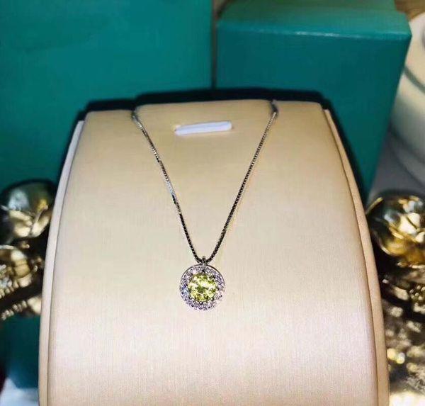 Colgante redondo de plata de ley 925 con diamante amarillo y collar de pandora grabado grabado con cz pavimentado para regalo de boda PS5041
