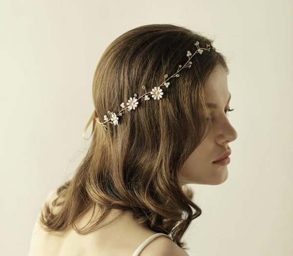 Crystal Bridal Tiaras Fascinators Daisy Hair Band For Forest Wedding
