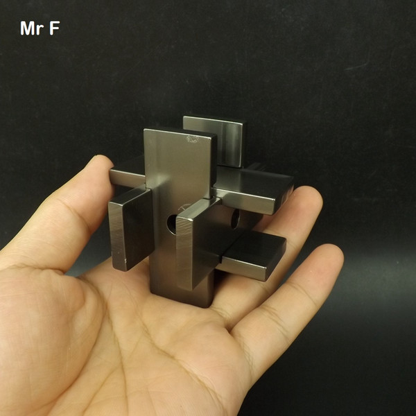 top popular Gray Colr Collection Cage Puzzle 3D Solution Toy Pure Aluminium Alloy Metal Model Intelligence Game Toys Kids 2021