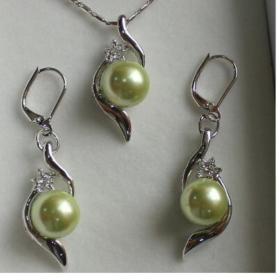 Free Shipping lady's beautiful 10mm light green shell pearl pendant & earrings jewelry sets best gift