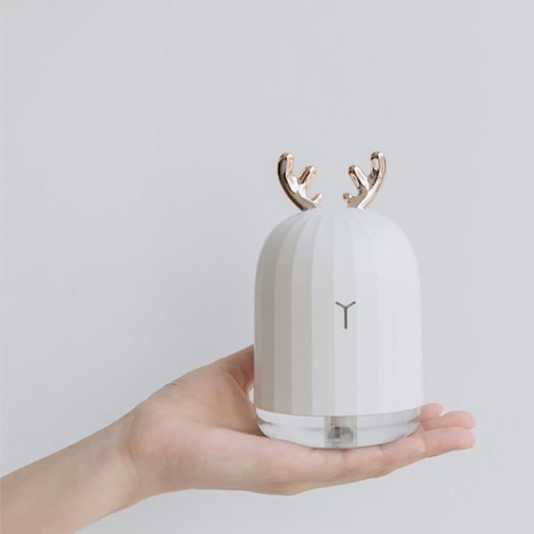 2018 New Cute White Deer Pink Rabbit Air Humidifier Creative Cartoon USB Diffuser 220ML Charging Light Desktop Aroma Diffuser