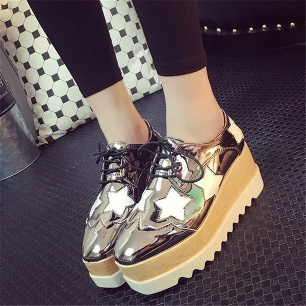 2018 woman gold shoes platform shoes creepers japanned leather woman shiny flats star designer espadrilles brogue shoes