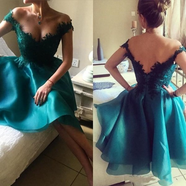 2018 Emerald Green Short Arabic A Line Homecoming Dresses Off Shoulder Lace Applique Backless Organza Knee Length Cocktail Prom Party Gowns