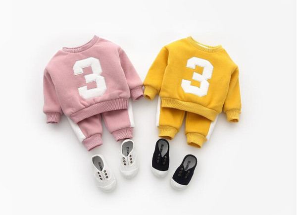 top popular 2018 new baby boys and girls digital striped sweater casual pants plus velvet suit 2021