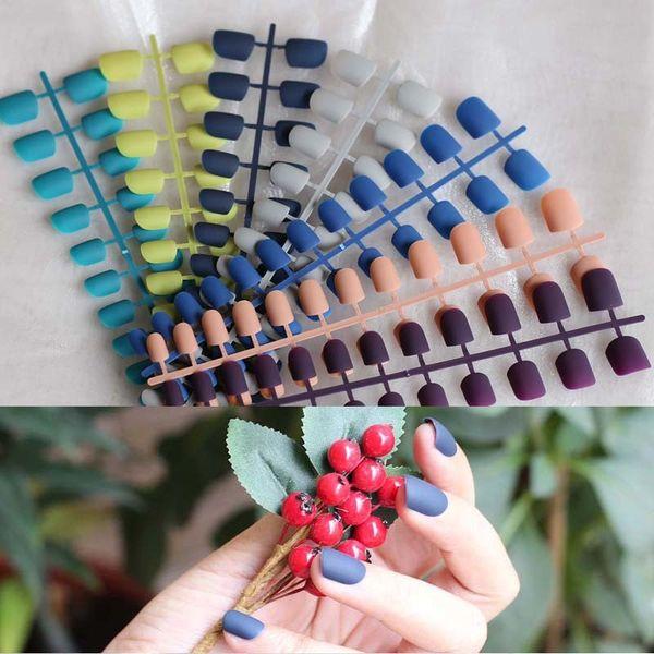 2018 новая мода женщин матовые конфеты накладные ногти короткие круглый хвост наконечник 15 цвет опционально Y18101101