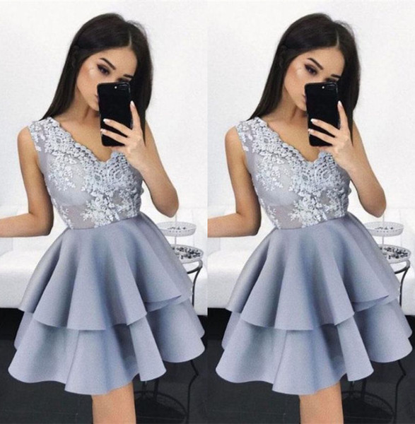 Grey Satin Homecoming Dress Lace Prom Dresses Short Cocktail Party Dresses Lace Applique Top Two Layers Ruffles Skirt Sweet 16 Dresses