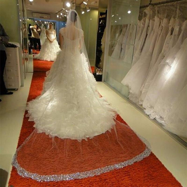 Hot Sale Bridal Veils Luxury Bling 3m Cathedral Long Real Wedding Veil Beaded Edge Bridal Veils Wedding Accessories With Free Comb 2018