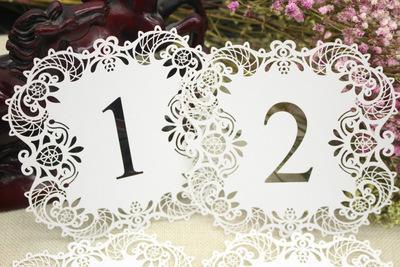 Nueva moda 10pcs / set Número de mesa de boda Tarjetas de mesa Números de tarjeta de corte láser huecos Decoración de boda vintage Suministros para fiestas de eventos