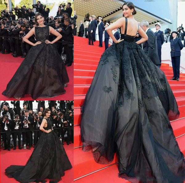 Designer Black Puffy Applique Beaded Prom Dresses Sexy Backless Train Long Formal Dresses Evening Wear Elegant arabic Red Carpet Party Gown