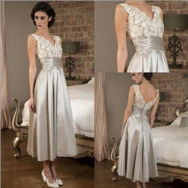 Elegant Mother Of the Bride Dress 2018 Cheap Price Sleeveless Lace V Neck Satin Evening Gown A Line Tea Length Prom Party Dresses